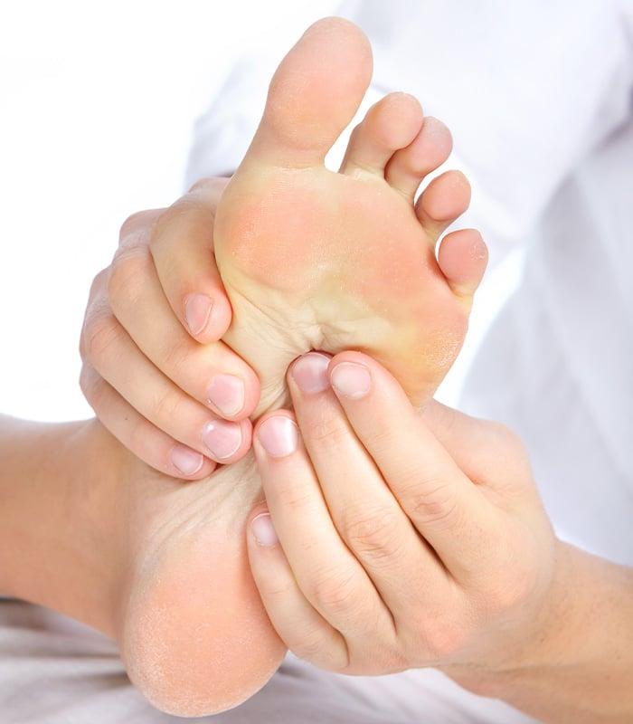 réflexologie, massage de pied
